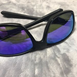 Oakley Accessories - Mens Oakleys